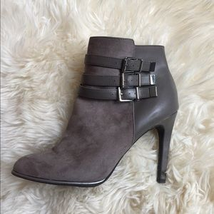 Women's grey taupe booties size 9